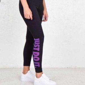 Nike Women's Purple & Black Just Do It Leggings